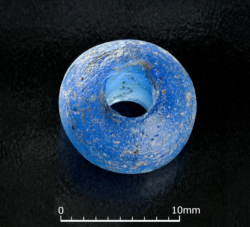 01E1153-11-25 Glass bead from Adare Castle